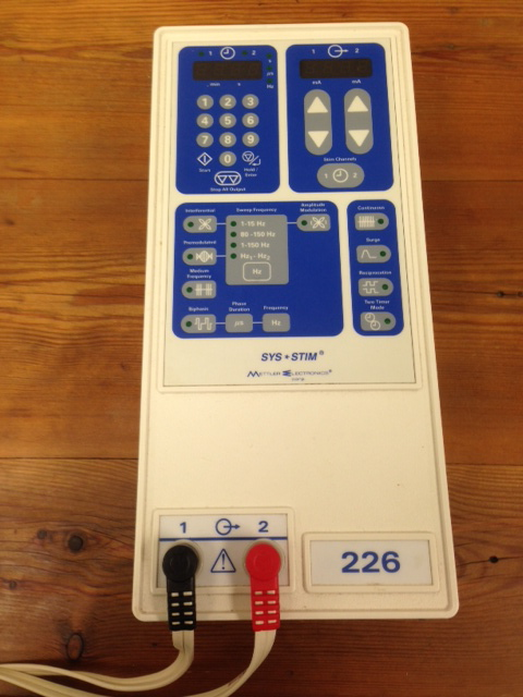 METTLER SYS*STIM ME 226 MUSCLE STIMULATOR
