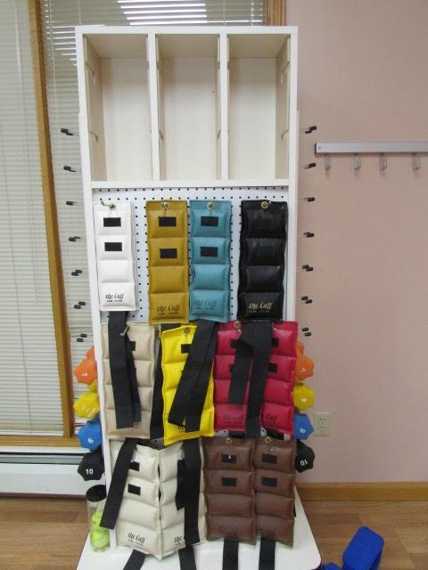 KANGOO MIRRORED STORAGE RACK