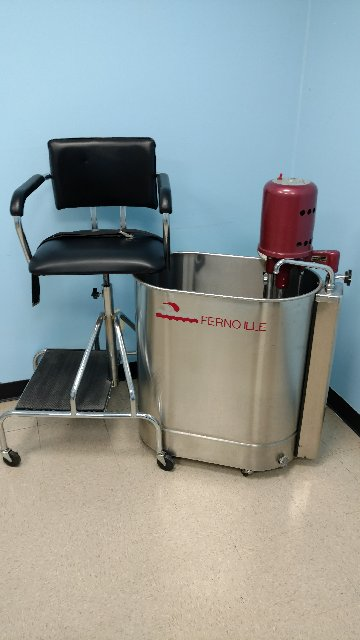 FERNO ILLE WHIRLPOOL W/ CHAIR
