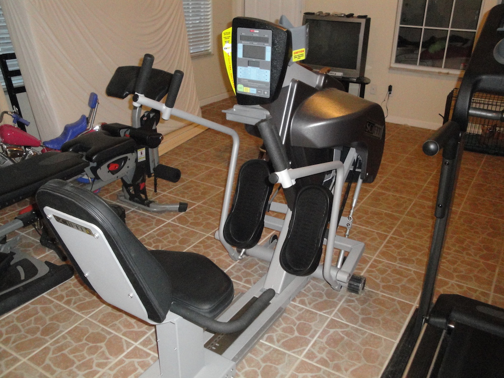 SCIFIT SRT7000 RECUMBENT STEPPER
